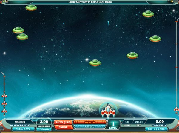 Max Damage and the Alien Attack Game Play