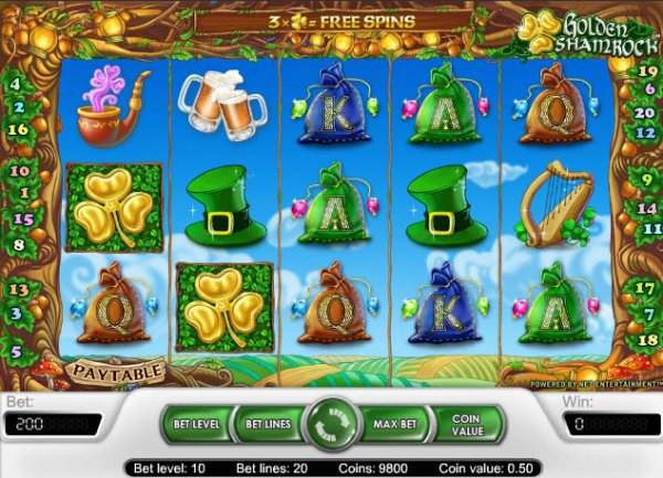 Scatters & wilds in Golden Shamrock slot at Casumo